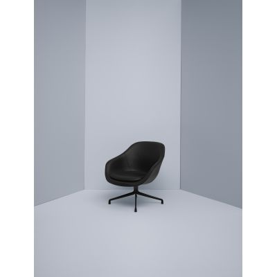 About A Lounge Chair AAL81 Leather Sierra SI1012 White, Black Base