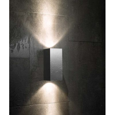 Blok Out Wall Lamp 22, 2L, Bronze