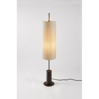 Dórica Floor Lamp With stabilizing base
