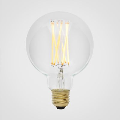 Elva 6W LED lightbulb Elva 6W LED clear lightbulb