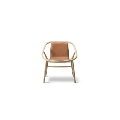 Eve chair front upholstered Oak standard lacquer, Nubuck 501 Light sand