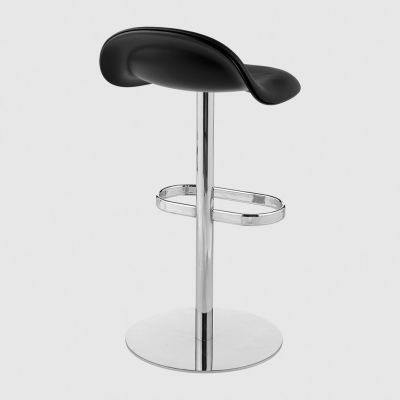 Gubi 3D Counter Stool Swivel Base - Front Upholstered Gubi Leather Black, Gubi Wood American Walnut