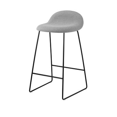 Gubi 3D Sledge Base Counter Stool - Fully Upholstered Gubi Leather Black, Gubi Metal Chrome