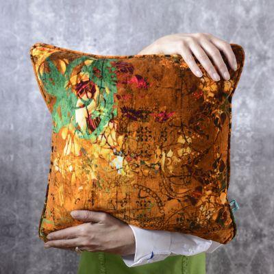 Henry Velvet Cushion Henry
