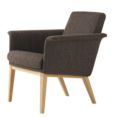 Lazy Easy Chair Low Back Beech Natural Lacquer, Main Line Flax Newbury