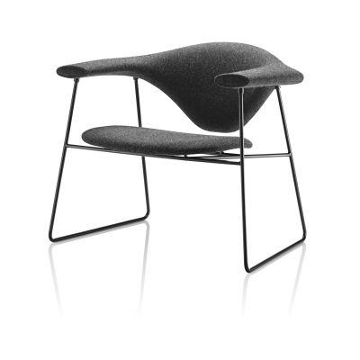 Masculo Lounge Chair - Sledge Base Dunes 21000 Cognac, Frame Matt Black