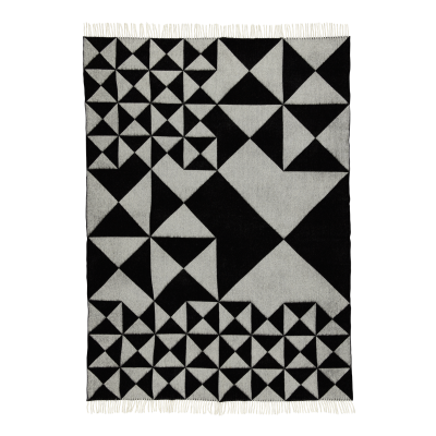 Mirror Throw 43 Black