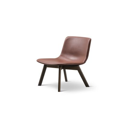 Pato Lounge Wood Base Chair Oak Lacquered, Leather 31 Shell