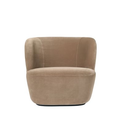 Stay Lounge Chair - Large Dunes 21000 Cognac, Grey/Brown Oak Legs