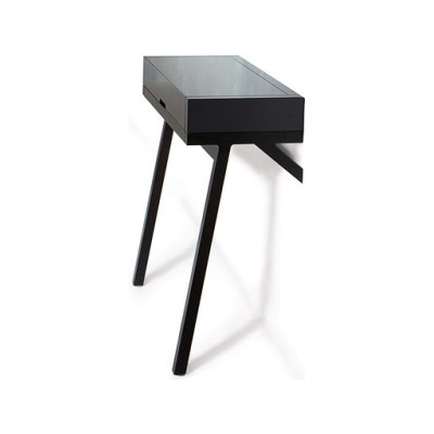 Lean on desk by Conde House Europe
