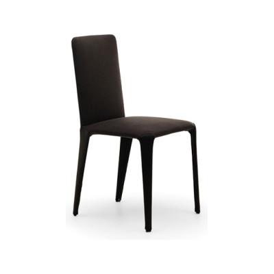 Nova chair by Eponimo