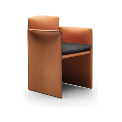 """""""O"""" small armchair by Eponimo"""