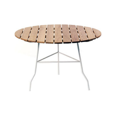 Pia table by Gärsnäs