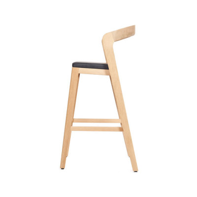 Play Barstool High – Oak Natural Stained with black calf leather cushion by Wildspirit