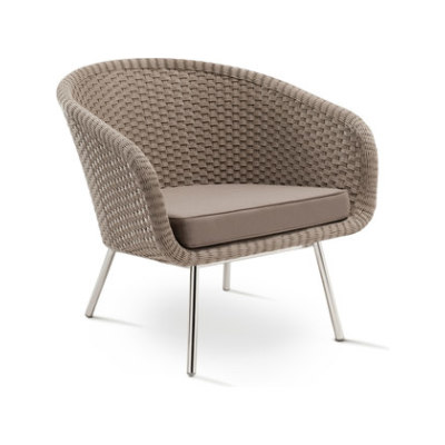 Shell Easy Chair by FueraDentro