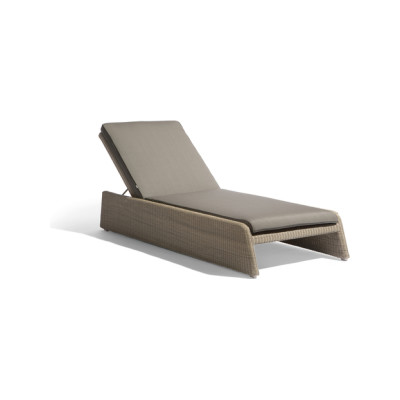 Swing lounger by Manutti