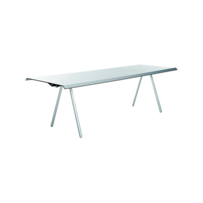 WOGG TIRA Studio Table by WOGG