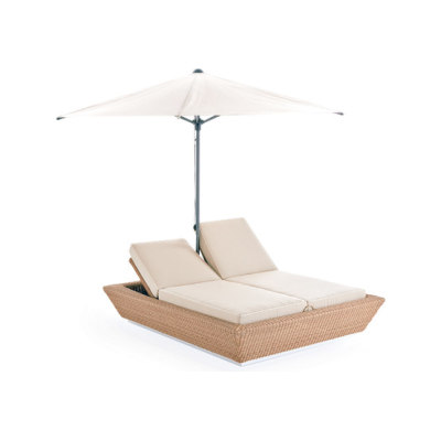 Zoe sun bed with umbrella by Point