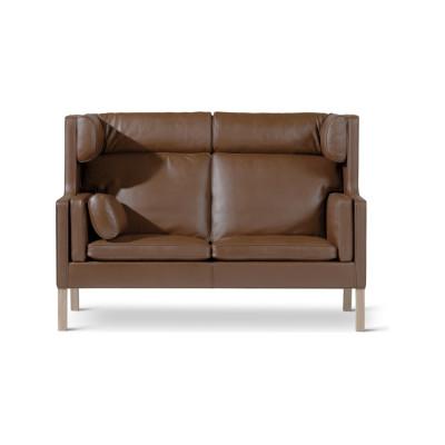 2292 Coupé sofa Oak standard lacquer, Harald 2 182