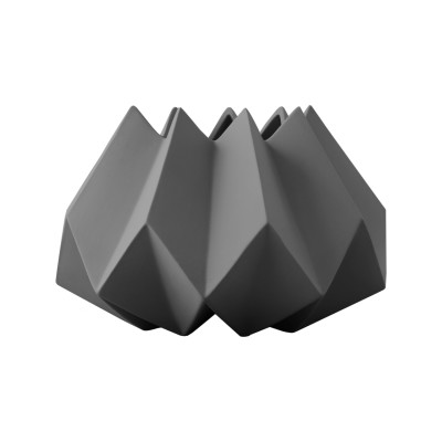 Folded Vase Carbon, Low