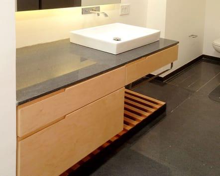 Mueble para baño de madera de Oyamel estilo contemporáneo