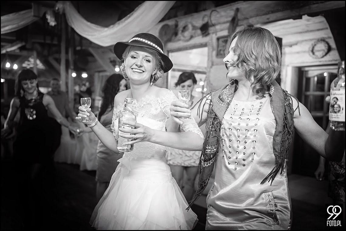 Zdjęcia ślubne Modrzewiowe Wzgórze - Zakliczyn