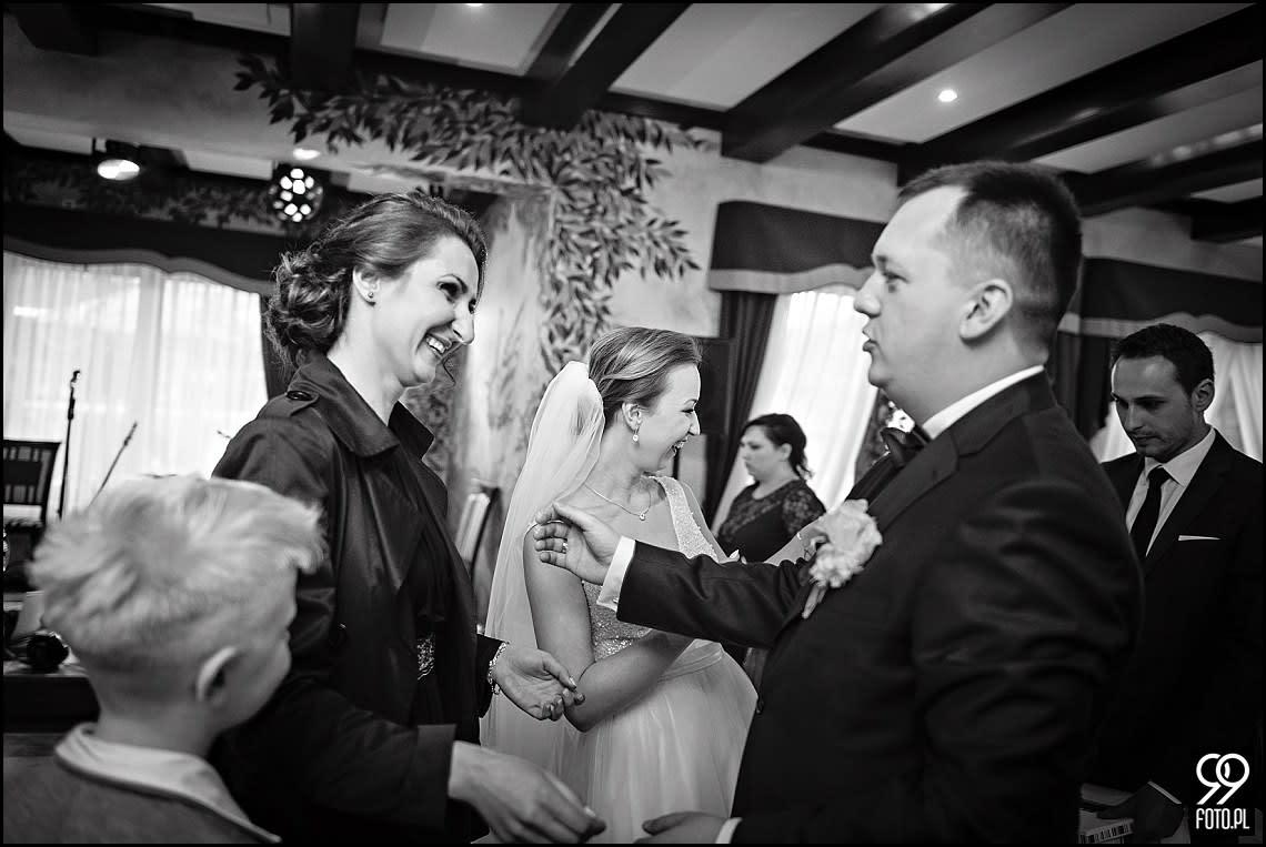 Zdjęcia ślubne w Domu Weselnym Rancho Lot