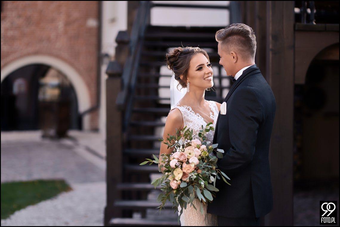 Sesja ślubna w Krakowie. Miejsca idealne na romantyczne kadry