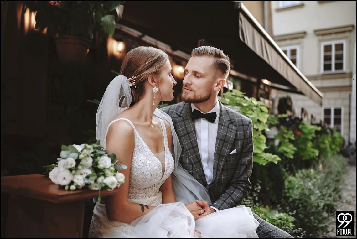Sesja ślubna w Krakowie, Sukiennice, Hotel Stary, Bulwary Wiślane