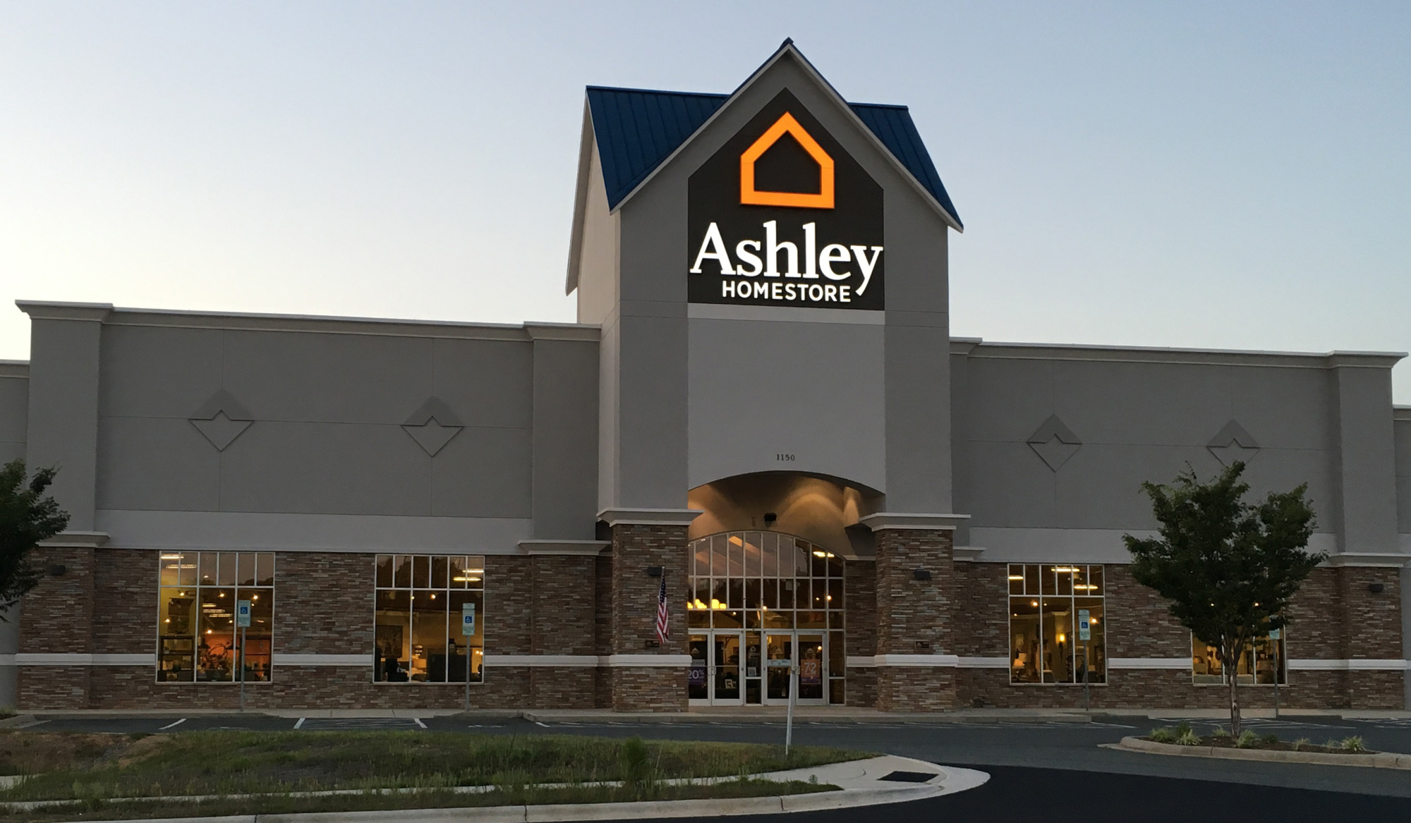 Furniture And Mattress Store At 1150 Hanes Mall Blvd Winston Salem Nc Ashley Homestore
