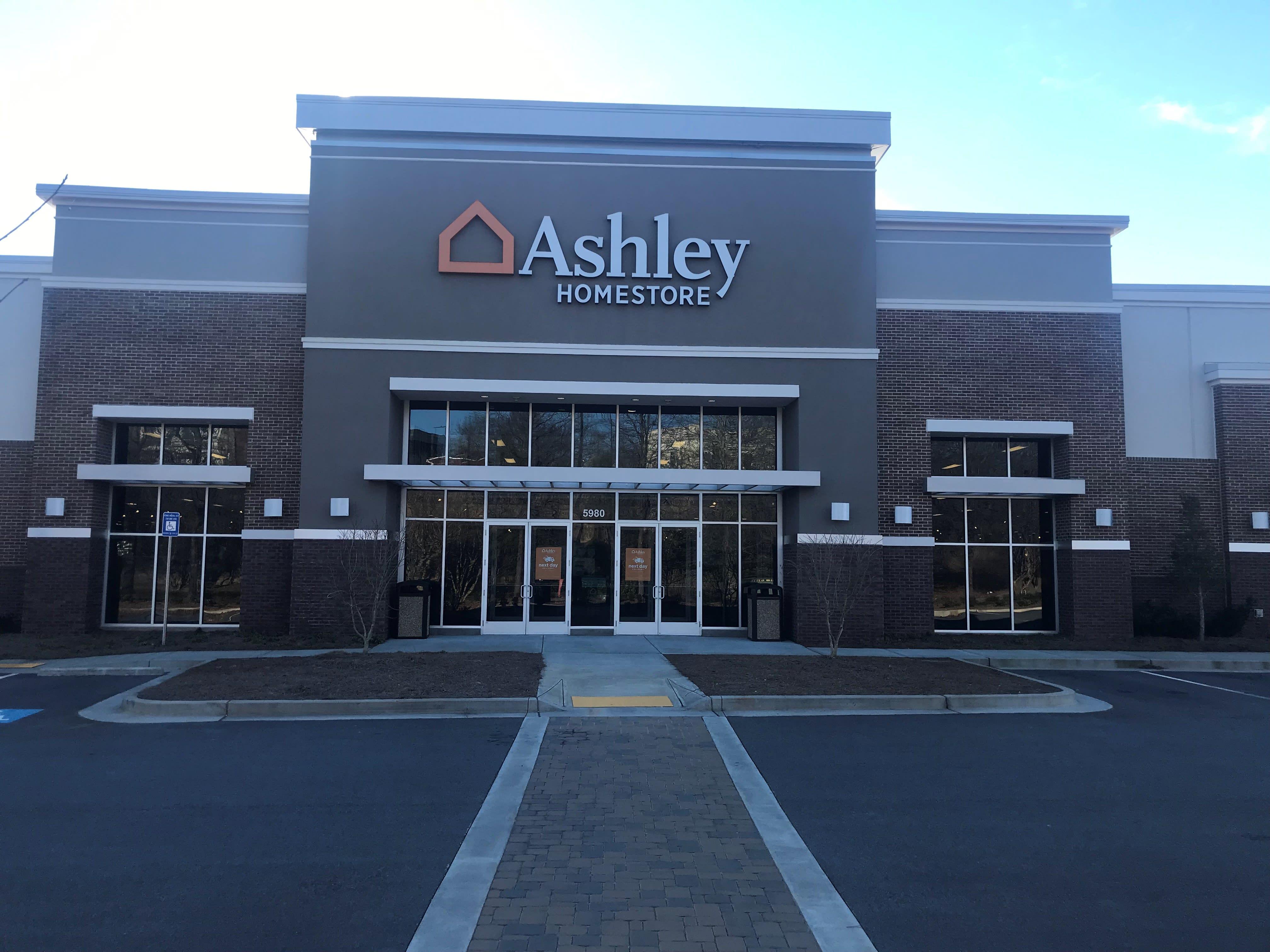 Furniture And Mattress Store At 5980 N Point Pkwy Alpharetta Ga Ashley Homestore