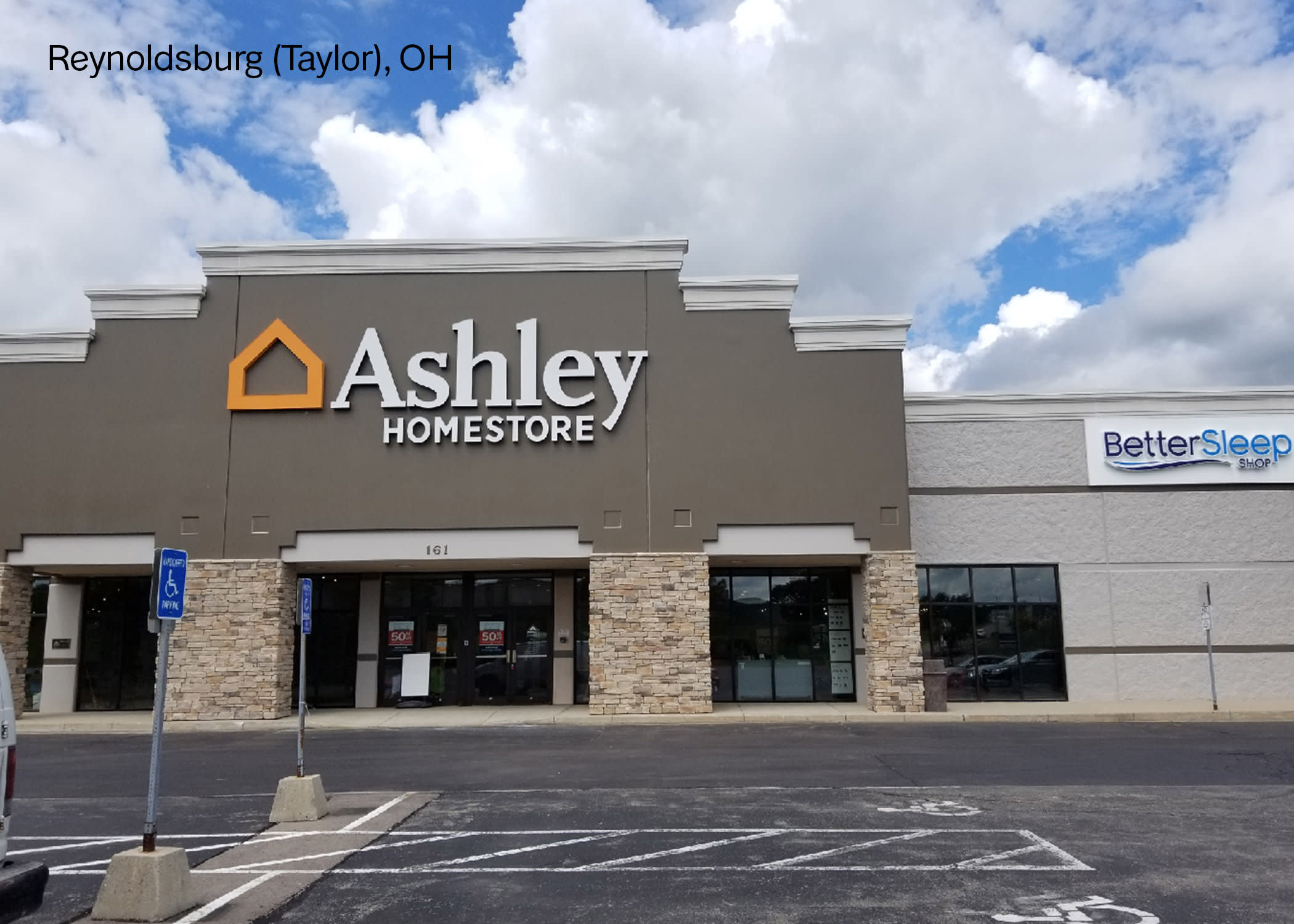 Super Furniture And Mattress Store In Reynoldsburg Oh Ashley Home Interior And Landscaping Palasignezvosmurscom