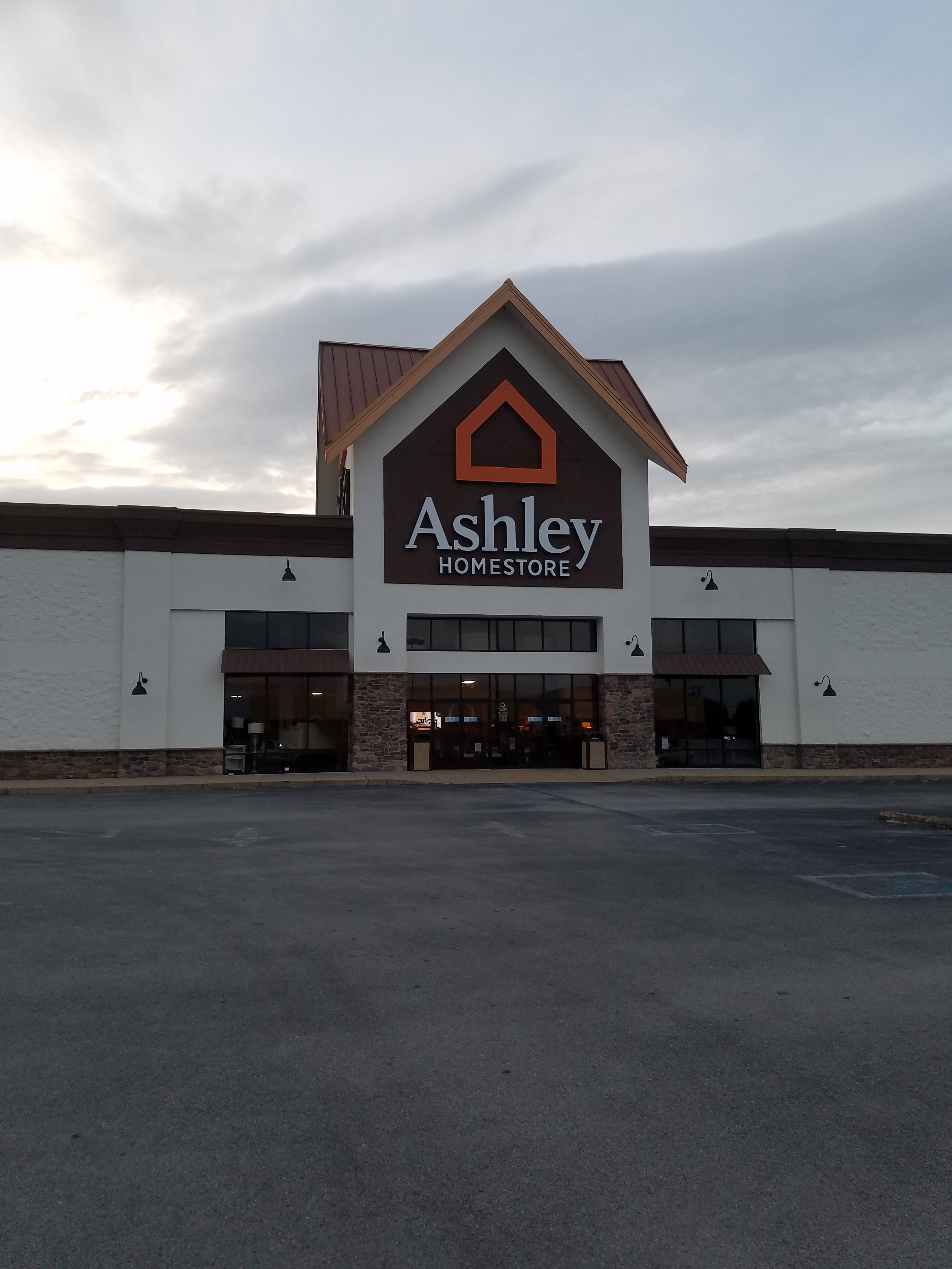 Furniture and Mattress Store in Chattanooga, TN | Ashley ...