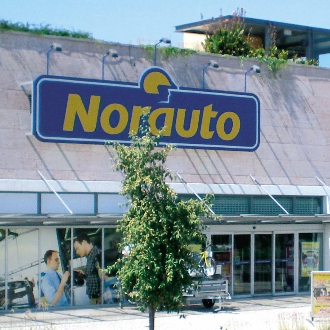 O centro auto Norauto Almada