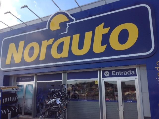O centro auto Norauto Amadora