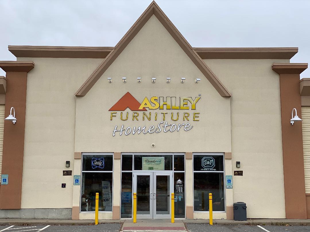 Furniture and Mattress Store in Salem, NH | Ashley HomeStore ...