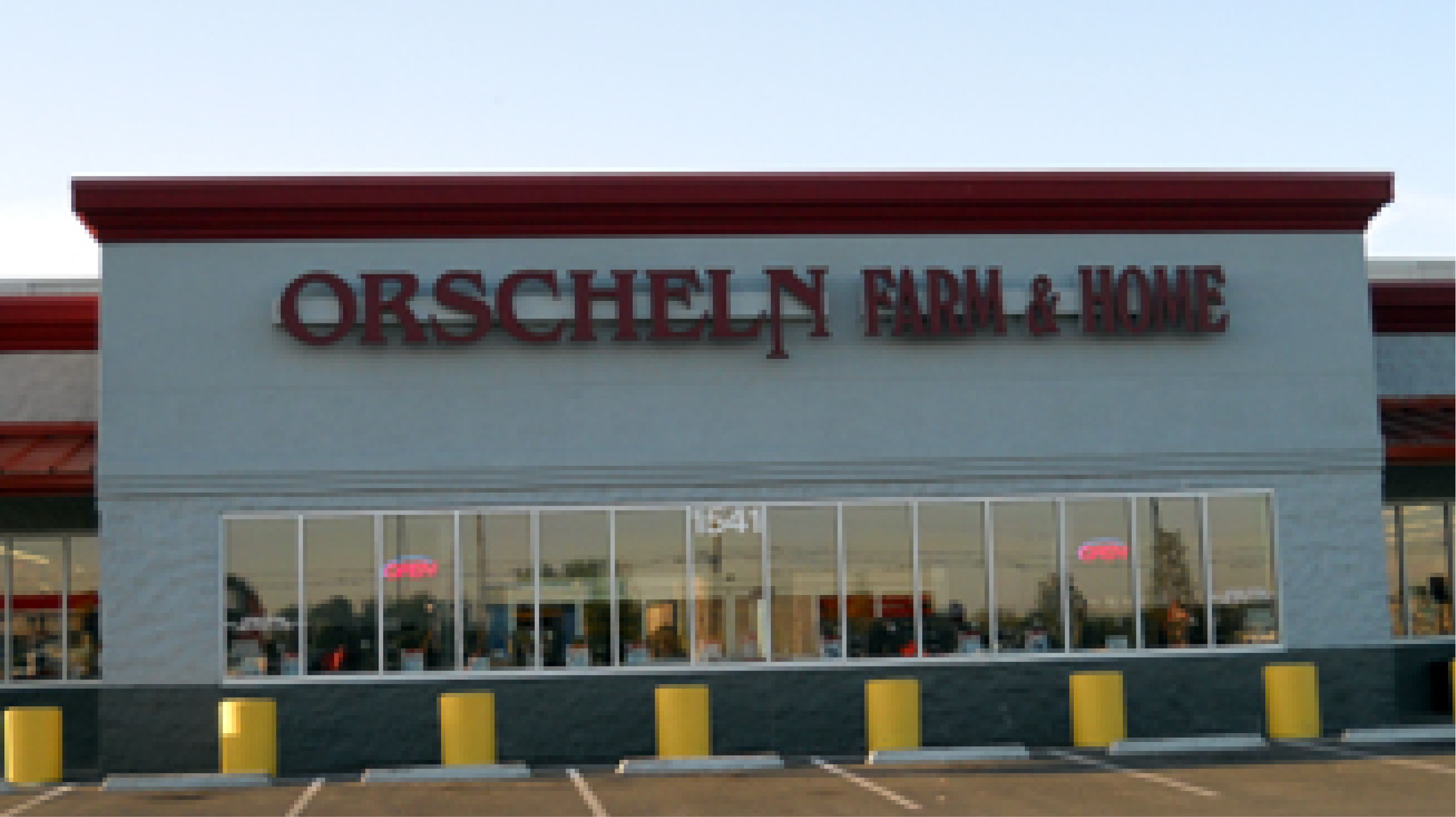 Front view of Orscheln Farm & Home Store in Lawrence, Kansas 66046-5013