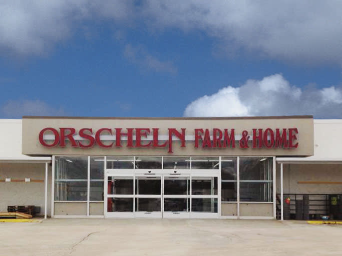 Front view of Orscheln Farm & Home Store in Perry, Iowa 50220