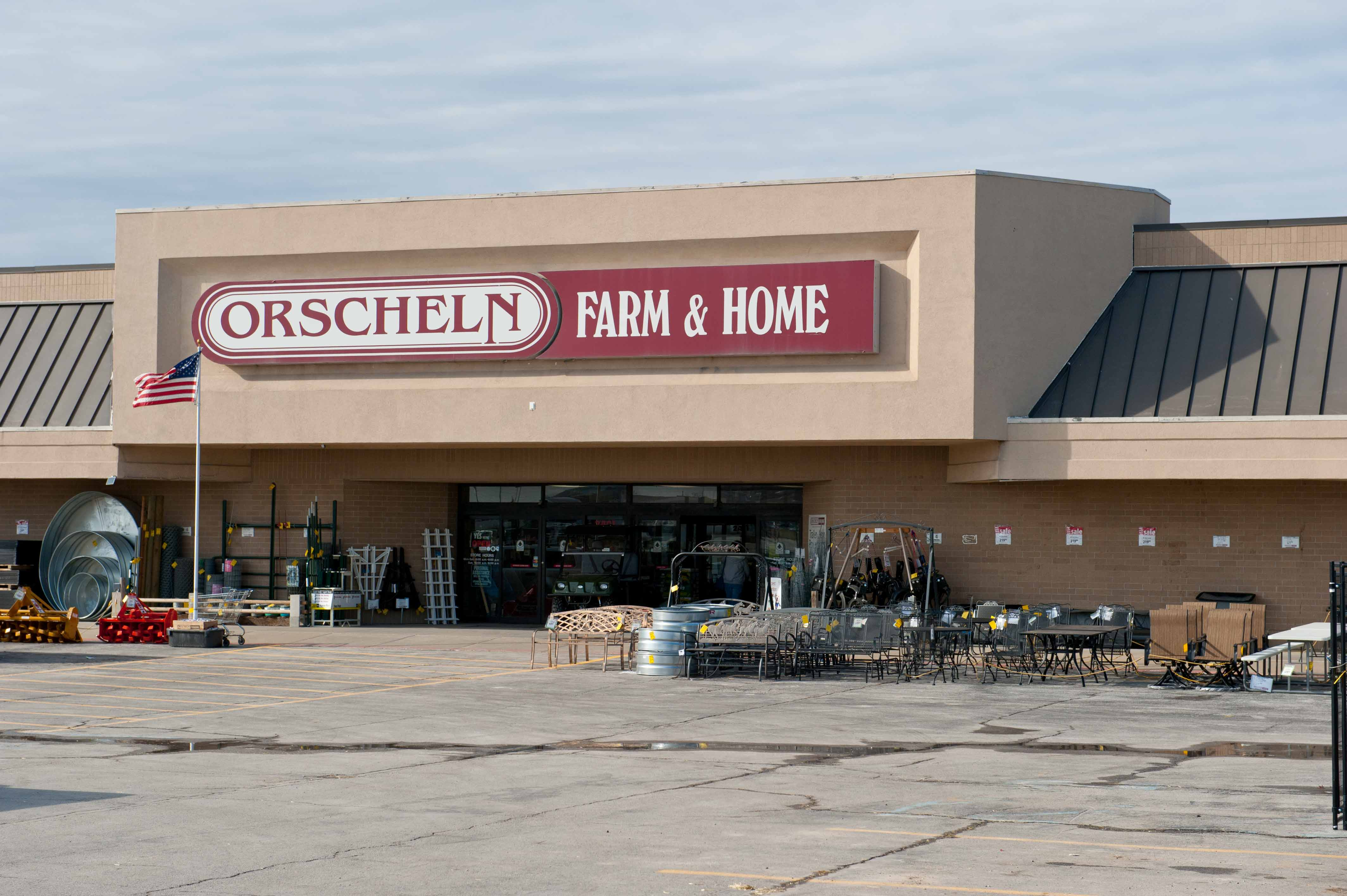 Front view of Orscheln Farm & Home Store in Nevada, Missouri 64772