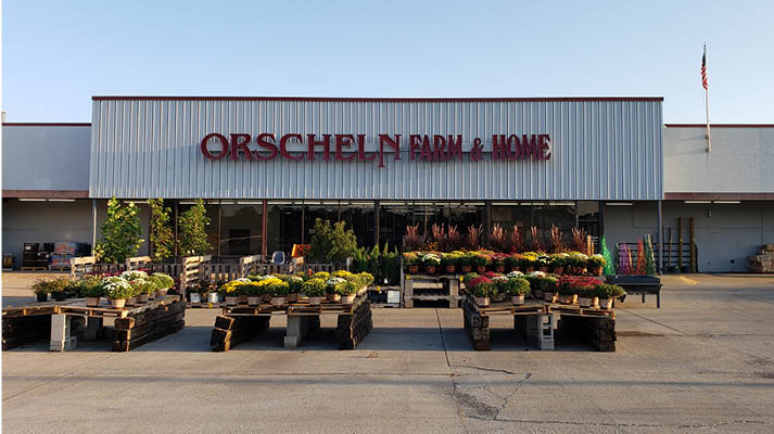 Front view of Orscheln Farm & Home Store in Flora, Illinois 62839