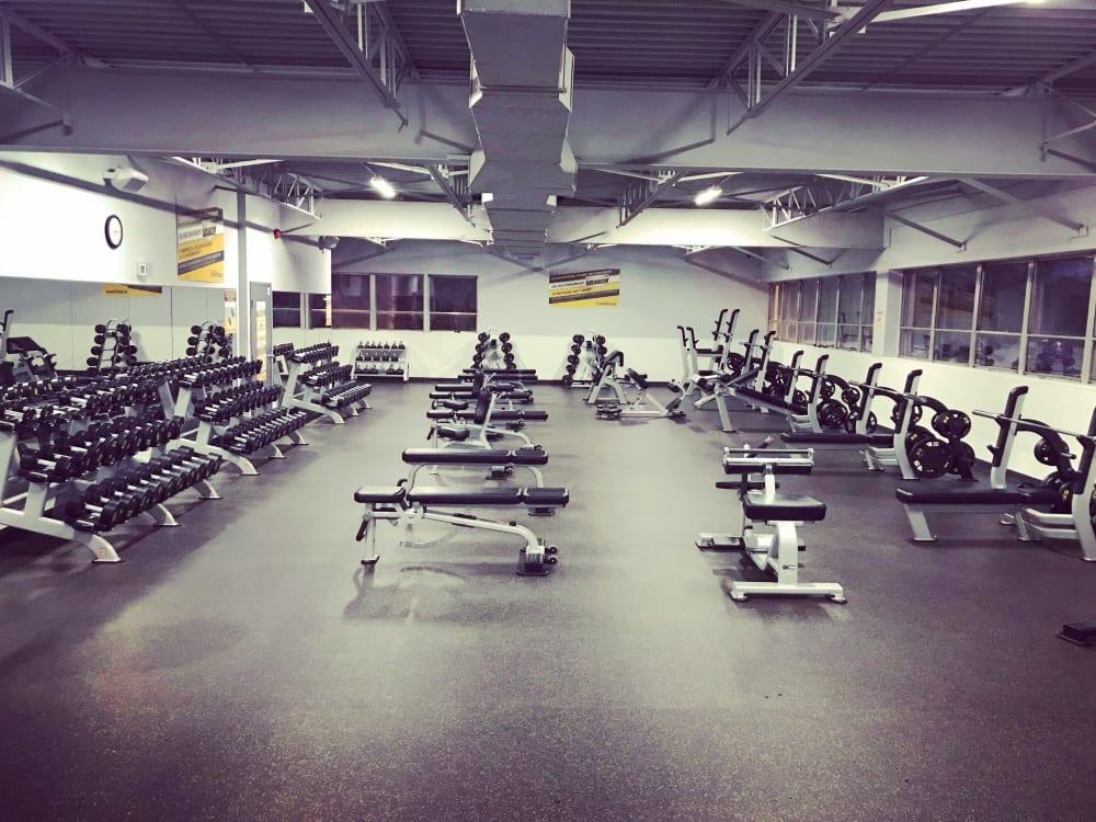 ÉconoFitness Montréal - Anjou 24/7 gym