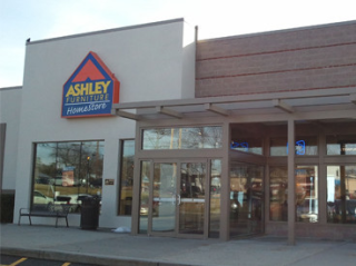 Nanuet, NY Ashley Furniture HomeStore 94792
