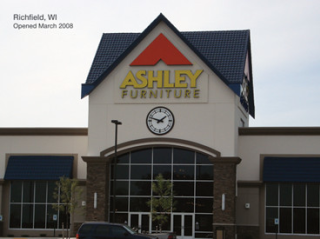 Richfield, WI Ashley Furniture HomeStore 93780