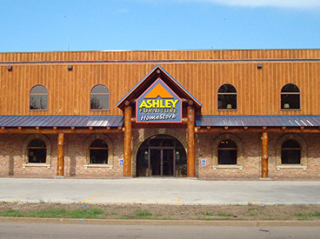 Prairie du Chien, WI Ashley Furniture HomeStore 95136