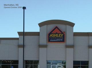Manhattan, KS Ashley Furniture HomeStore 93374