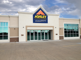 Dodge City, KS Ashley Furniture HomeStore 101882