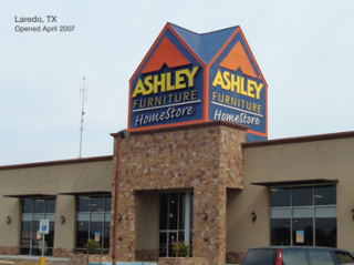 Laredo, TX Ashley Furniture HomeStore 93466