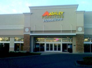 Silverdale, WA Ashley Furniture HomeStore 93758