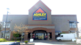 Tacoma, WA Ashley Furniture HomeStore 95010