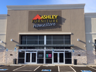 Portland, OR Ashley Furniture HomeStore 102176